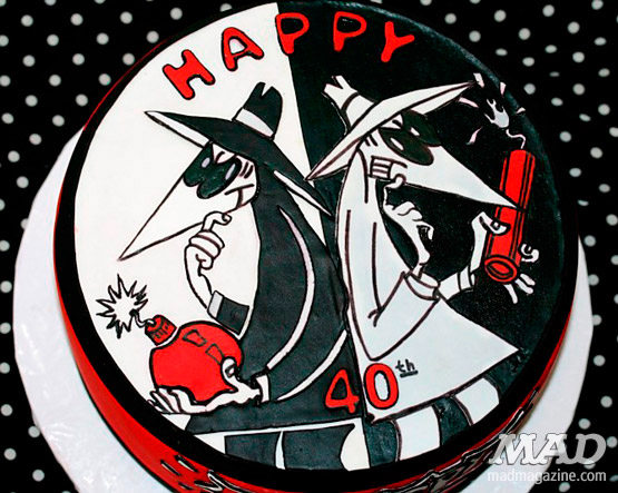MAD Magazine Spy vs Spy Cake top