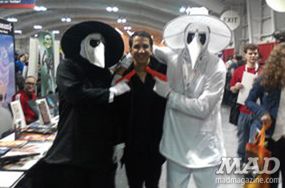 mad magazine the idiotical new york comic con spy vs spy cosplay peter kuper artist alley